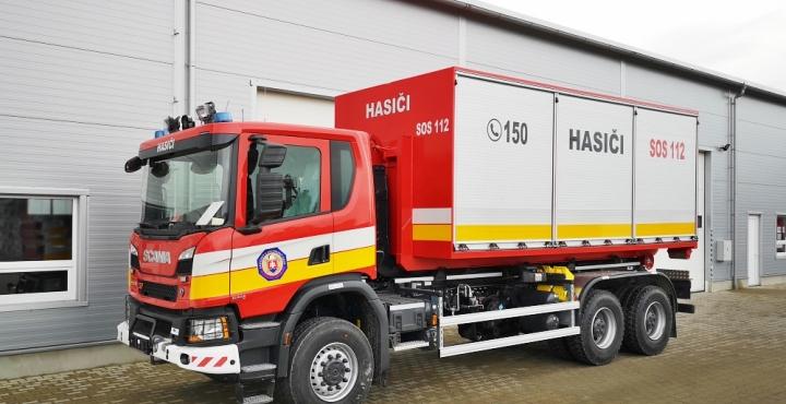 214342c44 Nadstavby na nákladné vozidlá, nosiče a sklápače kontajnerov